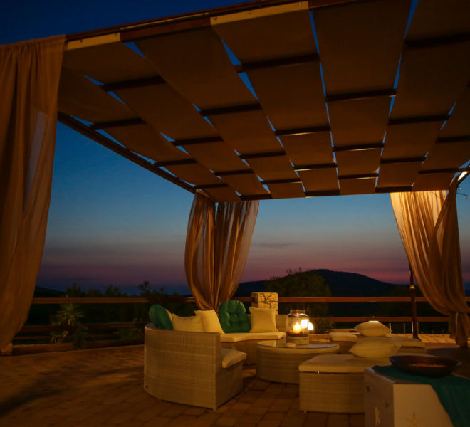 gallery_outside-lounge-area-at-night