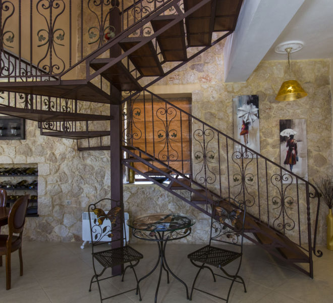 gallery_staircase